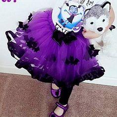Purple Batgirl/vampirina Purple Inspired Tutu/ Purple Tulle with Black Satin Ribbon & Bats felt Pink Satin, Black Satin, Tutu Cakes, Frozen Tutu, Tulle Material, Blue Tutu, Diy Tutu, Baby Girl Tutu, Ribbon Shirt