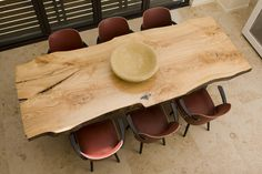 DIY Reclaimed Dining Wood Table - I would love, love, love to have an awesome slab of wood like this to DIY a farmhouse table...sigh..,