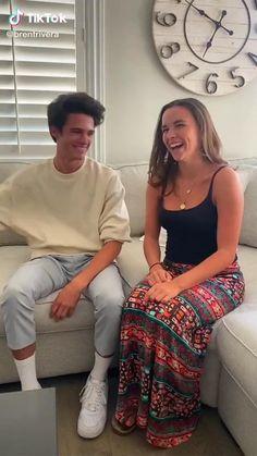 Funny Videos Clean, Crazy Funny Videos, Funny Videos For Kids, Funny Video Memes, Really Funny Memes, Funny Vidos, Funny Laugh, Funny Relatable Memes, Stupid Funny