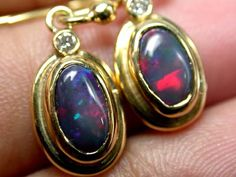STUNNING RARE RED BLACK OPAL 18K GOLD EARRING 1.4 CTS SCA141
