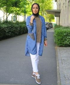 denim shirt hijab outfit- How to wear long cardigan with hijab http://www.justtrendygirls.com/how-to-wear-long-cardigan-with-hijab/