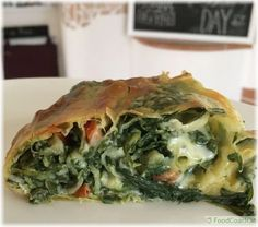 Feta, Spanakopita, Favorite Recipes, Meals, Ethnic Recipes, Blog, Drinks, Inspiration, Cashew Cheese