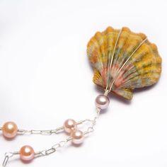 Link in Bio Shop Online use code Kama'aina at checkout for discount on Maui handmade jewelry $145 #alohaartifact #mauiwowie  #handmadejewellery  #jewelrydesign #sunriseshellshawaii #FB
