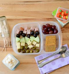 Awesome lunch box ideas from www.blessthismessplease.com