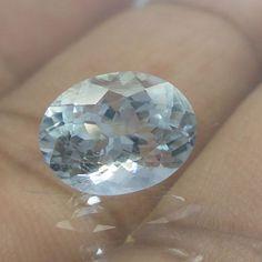 3.1 Carat 10.7x8.2x6.4 mm Oval Shape VS Light Blue Natural Aquamarine Cut Stone…