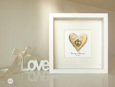 Quadro personalizzato Matrimonio, regalo Anniversario, regalo Nozze bronzo - cuore coppia bronzo antico - incorniciato con vetro