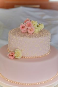 The Bride Chose Pink Lace Icing for Cake www.serenity-weddings.com