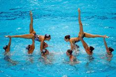 Spain compete during the Synchronised Swimming Free Combination final. Synchronized Swimming, Mermaid School, Women's Diving, Lift And Carry, Swim Team, World Championship, Sports Women, Gymnastics, School
