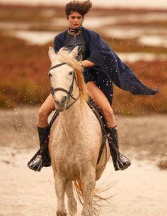 92fbe2faa54057f3177a92518f191613--horse-fashion-horse-racing.jpg (236×305)