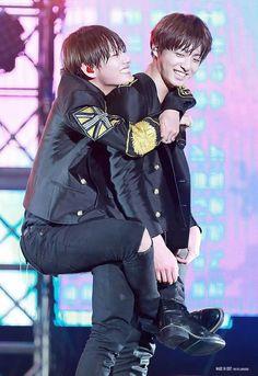VKOOK ♡ JUNGKOOK × TAEHUYNG    BTS #vkook #taekook