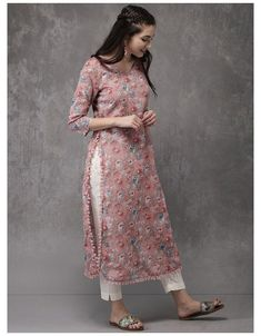 Pakistani Dresses Casual, Indian Fashion Dresses, Dress Indian Style, Pakistani Dress Design, Indian Designer Outfits, Kurti Designs Pakistani, Designer Kurtas For Women, Pakistani Fashion Casual, Salwar Designs