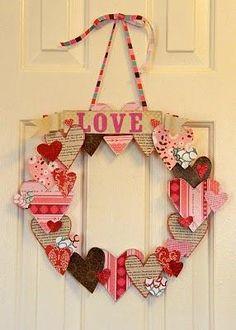 valentines wreath.. could use scrapbook paper scraps