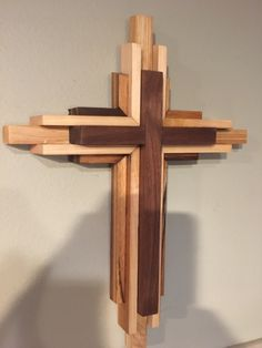 Stunning Woodworking Shows Ideas. Remarkable Woodworking Shows Ideas. Wooden Crosses, Wall Crosses, Woodworking Shows, Woodworking Projects Plans, Cross Art, Small Wood Projects, Cross Crafts, Wood Wall Art, Wood Crafts