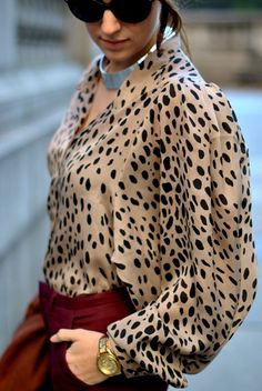 Blouse à imprimé animalier meilleures tenues Take a look at the best Animal print blouse in the photos below and get ideas for your outfits! I Love Fashion, Modest Fashion, Passion For Fashion, Fashion Outfits, Casual Outfits, Fashion Fashion, Street Fashion, Fashion Models, Animal Print Fashion