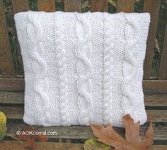 Free Knitting Pattern - Pillows, Cushions & Covers: Cable Pillow