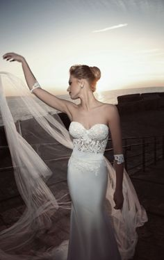 sexy strapless lace beach wedding dress