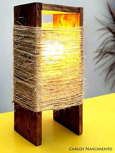 Pallet and sisal lamp on Driftwood Lamp, Wood Lamps, Diy Table Lamps, Diy Design, Interior Design, Diy Para A Casa, Diy Floor Lamp, Diy Flooring, Diy Home Crafts
