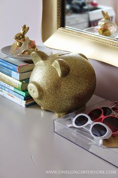 Dwellings By DeVore: Gold Glittered Piggy Bank Diy Crafts For Kids, Fun Crafts, Feng Shui Wealth, Personalized Piggy Bank, Passion Project, Gold Diy, Big Girl Rooms, Diy Box, Altered Art