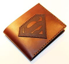 Leather wallet with superman logo brown wallet great leather – diy decoration Superman Gifts, Superman Logo, Briefcase For Men, Leather Briefcase, Leather Wallet, Men's Leather, Superman Man Of Steel, Brown Wallet, Gold