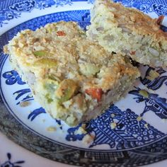 Super-Food Breakfast Bars — THM S This is an amazing bar. It brings a bit of heaven on earth for my children and me. My only problem is that they are so good that I will, rather could, eat the whole pan full. Almond Recipes, Healthy Dessert Recipes, Low Carb Recipes, Healthy Snacks, Ketogenic Recipes, Eat Healthy, Breakfast Bars, Low Carb Breakfast, Breakfast Recipes