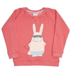 Coralmarl fade out super soft sweatshirt with Super Bunnymotif. Neon pink embroidered lightning bolt Superpower Button on the arm. Slogan 'a superhero has my back' written along inner neckline. Round neck. 53.7% cotton 46.3% polyester
