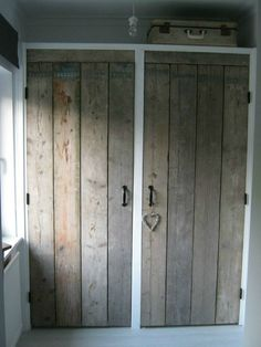 closet doors for my bedroom! Bedroom Wardrobe, Wardrobe Closet, Built In Wardrobe, Closet Doors, Wardrobe Ideas, Alcove Wardrobe, Pallet Wardrobe, Pallet Closet, Master Bedroom