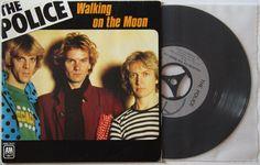 """7 single ""Walking On The Moon"""" (1979) - The Police, French edition.  Quelle: http://poplife-shop.de/Bilder/663524.JPG"