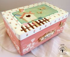 julD handmade: Baby girl Old Lanterns, Baby Box, Baby Wall Art, Mixed Media Painting, A Table, Toy Chest, Decoupage, Decorative Boxes, Wall Decor
