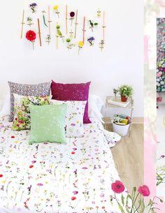 Imagine having your room decorated with all these beautiful prints? Definitely a dream come true.   #ArtGalleryFabrics #AGF #prints #LavishFabrics #KatarinaRoccella #Handmade #room #design #fabrics #DIY