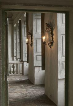 The Paper Mulberry: The Sublime Chateau de Moissac