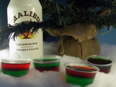 Christmas-y jello shots. My sister and I are sooo doing this at Christmas!