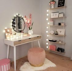 R Schminktisch, - B.R Schminktisch, Estás en el lugar correcto para diy clothes Aquí presentamos diy - Bedroom Decor For Teen Girls, Cute Bedroom Ideas, Cute Room Decor, Girl Bedroom Designs, Room Decor Bedroom, Diy Beauty Room Decor, Teen Bedroom Makeover, Small Room Decor, Ikea Bedroom