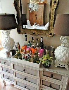 The Home Bar, Hip Once Again!   {image via Valorie Hart, the Visual Vamp}
