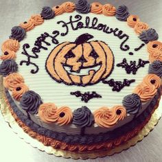 """photo: """"Get your Halloween froyo cakes! Bolo Halloween, Halloween Sweets, Halloween Baking, Halloween Queen, Halloween Carnival, Halloween Goodies, Halloween Cakes, Happy Halloween, Halloween Party"""