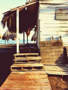 Si tu #DestinoFavorito es #Barranquilla visitanos en www.easyfly.com.co/Vuelos/Tiquetes/vuelos-desde-barranquilla