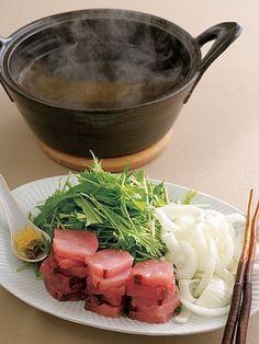 Recipe : 鰤・玉ねぎ・水菜の魚すき鍋/旬の鰤(ぶり)を、積んで盛るから、塩がなじんでさらにおいしい! #レシピ #Recipe