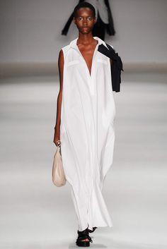Apartamento 03 São Paulo Spring 2015 Fashion Show Brown Fashion, All Fashion, Paris Fashion, Fashion Models, Fashion Show, Fashion Dresses, Fashion Design, Fashion Addict, Spring 2015 Fashion