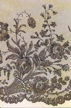 Volant de dentelle de Chantilly. Corne d'abondance, détail. Musée du patrimoine et de la dentelle de Chantilly.