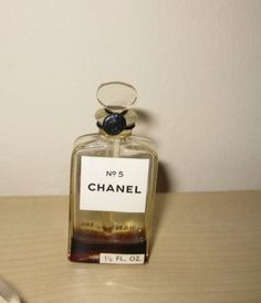 Chanel - Très rare mini version du N°5 !