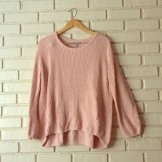 Pretty Blush Banana Republic Sweater Pretty Light pink sweater. Size Medium, runs large. Let me know if you have any questions or would like more pictures!  Banana Republic Sweaters Crew & Scoop Necks