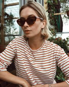 25 Cool Striped Long-Sleeve T-Shirts to Shop Now — Rianne Meijer In Cat-Eye Sunglasses and Red Striped Tee Looks Street Style, Casual Street Style, Brown Blonde Hair, Looks Chic, Summer Hairstyles, Dress First, Beautiful Models, Striped Tee, New Hair