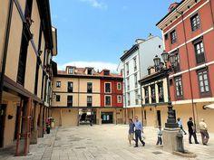 Oviedo una parte de la Plaza Fontán Oviedo