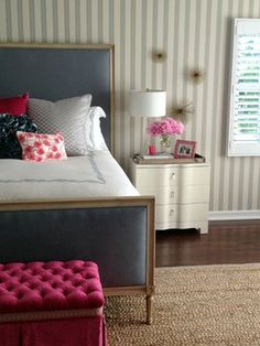 Trend Alert: 6 Ways to Decorate With Urchins via Louis bed striped wallpaper grey walls bedroom Transitional Lighting, Transitional Bedroom, Transitional Decor, Gray Bedroom Walls, Grey Walls, Striped Wallpaper Gray, Dining Lighting, California Style, Pacific Palisades