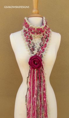 .this is a cool and pretty scarf.