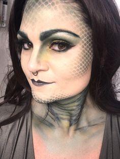 Medusa Snake Scale Make Up by Brit Bertino Medusa Halloween Costume, Snake Costume, Halloween Face Mask, Halloween Makeup Looks, Diy Face Mask, Halloween 2020, Halloween Outfits, Face Masks, Medusa Makeup