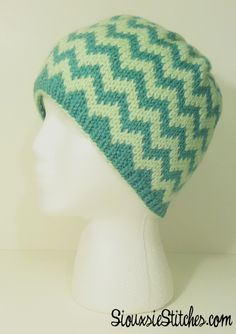 Customizable chevron hat design with two colors or more from souixsieknits. Great first fair isle project!