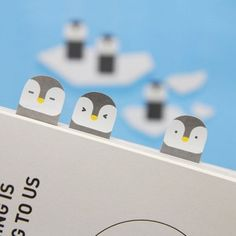 Sticky Note  Penguin  / Bookmark / Note pad / Memo pad by DubuDumo