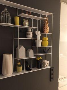 Labyrint hylle Shelving, Concept, Tv, Table, Home Decor, Shelving Brackets, Shelves, Decoration Home, Room Decor