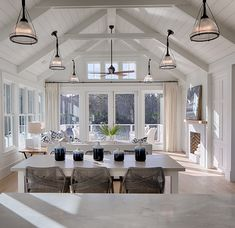 Open Concept Kit interior kitchen open concept Open Concept Kitchen Ideas with Practical Design - New Ideas Living Room Kitchen, Home Living Room, Living Room Decor, Sunroom Kitchen, Hamptons Living Room, Living Room Furniture Arrangement, Hamptons House, Family Kitchen, Living Room Lighting