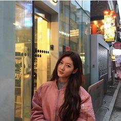 Korean Actresses, Korean Actors, Actors & Actresses, Kpop Girl Bands, Korean Aesthetic, Boys Over Flowers, Korean Artist, Selfie, Female Singers